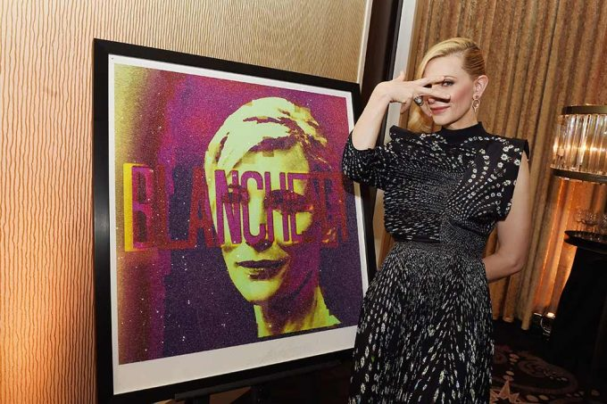 Cate Blanchett see with her portrait by artist Lincoln Townley